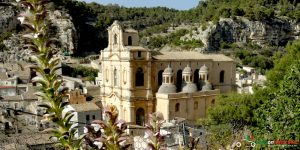 A typical church on our Top Class motorcycle tour of the Amalfi coast and Sicily