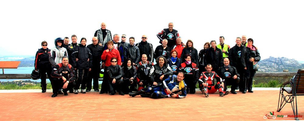 A group of happy bikers on one of our motorcycle tour in Italy