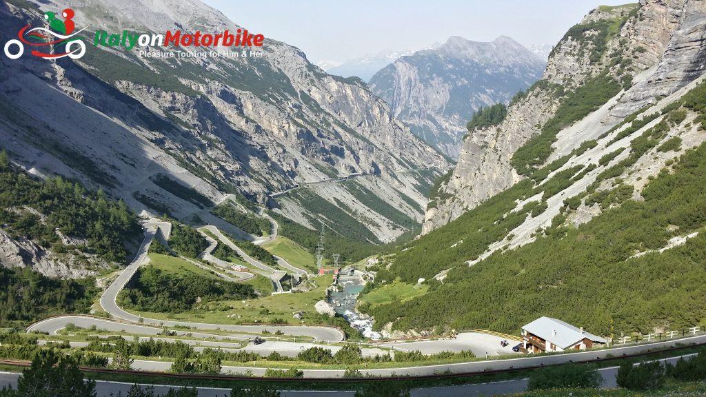 Destination de voyage en Italie tours de moto roadtrip autoguidé touring à moto
