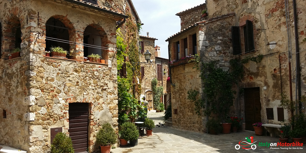 A typical street view from our classic motorcycle tour of Tuscany