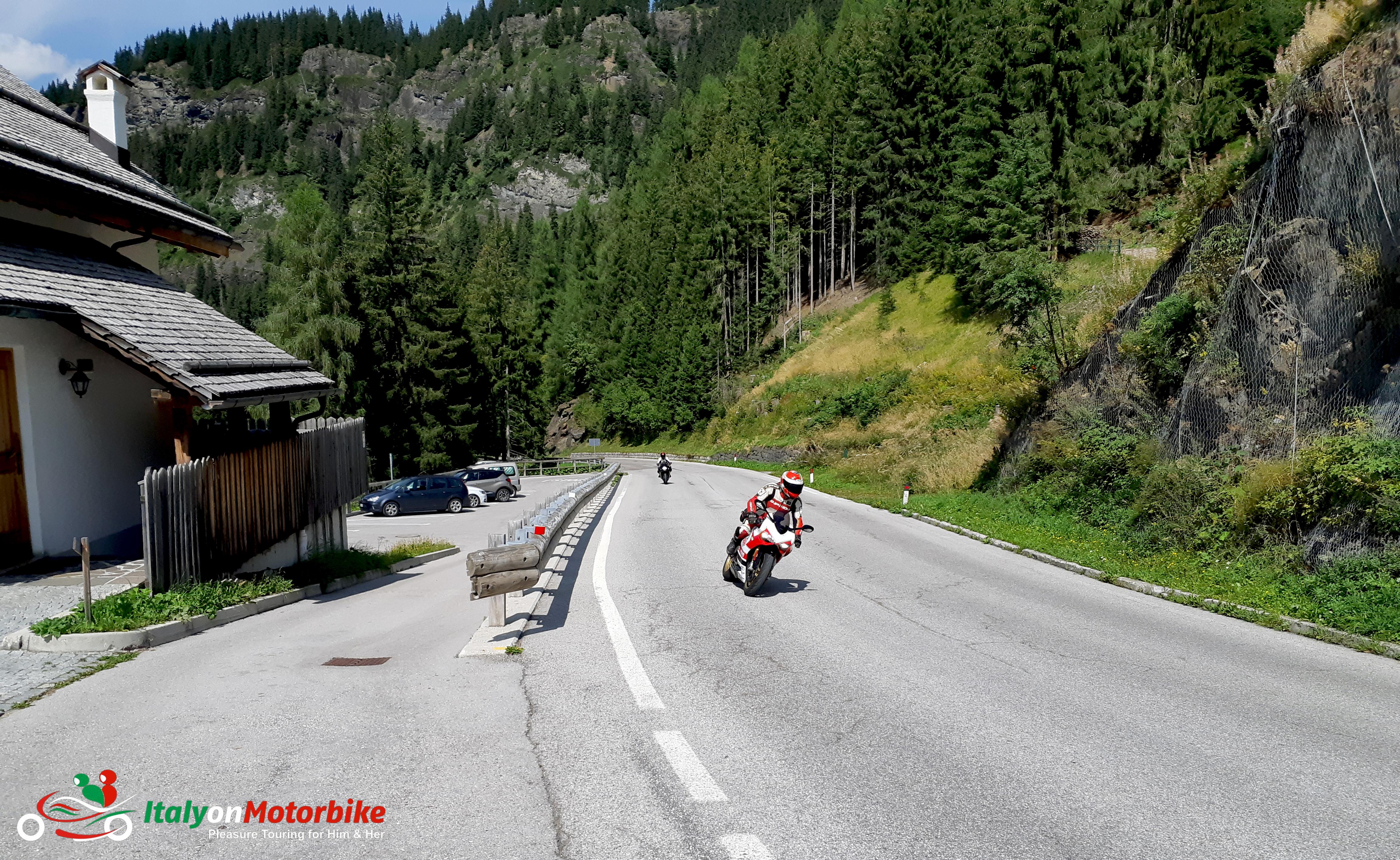 Il est temps de reprendre la route sur un tour en moto avec Italy on Motorbike