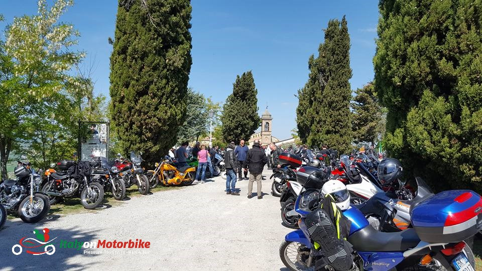 A Sunday ride out to a motorcycle festival in a medieval village on top of a hill